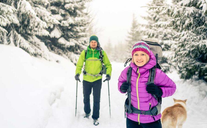 Cosa mettere nello zaino per un trekking invernale? Guida definitiva